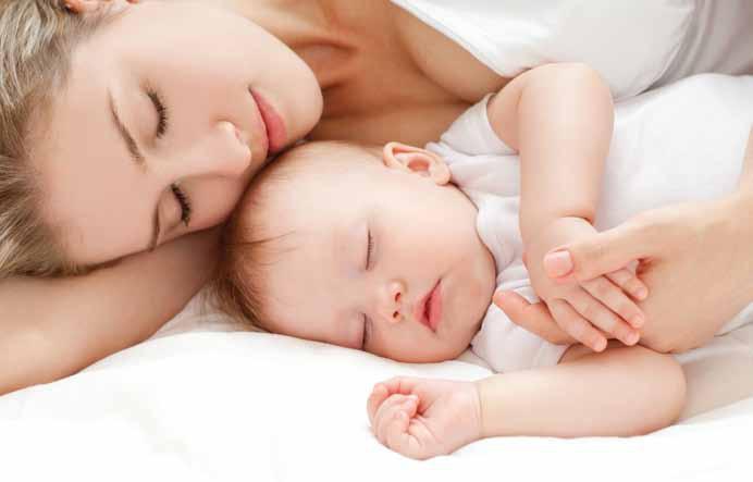 Làm sao để chăm sóc trẻ sơ sinh
