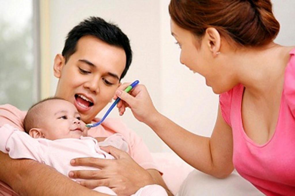 Những sai lầm tuyệt đối phải tránh khi chăm sóc mẹ và bé sau sinh