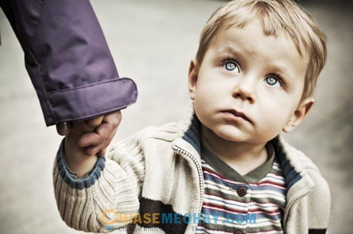 10 kỹ năng cha mẹ nên dạy để trẻ tránh bị bắt cóc
