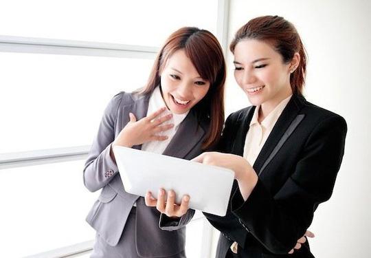 Những lưu ý để có mối quan hệ bạn đồng nghiệp tốt