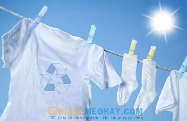 Tổng hợp một số mẹo vặt giúp quần áo luôn trắng sạch