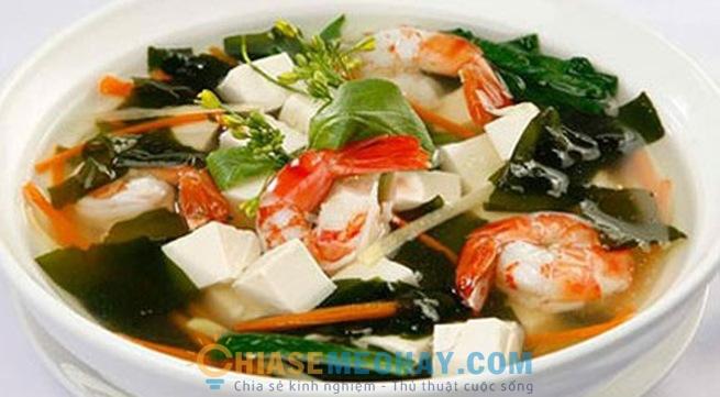 Canh rong biển là món canh thơm ngon, bổ dưỡng