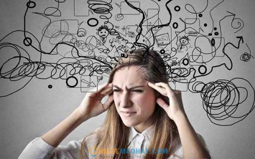 Quá nhiều điều suy nghĩ khiến bạn mất tập trung làm việc và bị stress