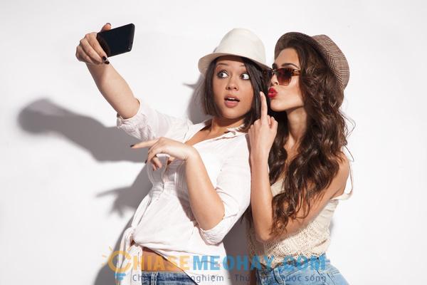 Selfie với màu son yêu thích