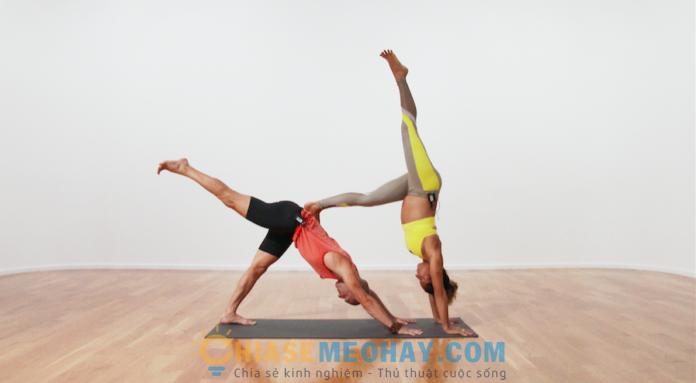 Các động tác yoga đơn giản dành cho các cặp đôi