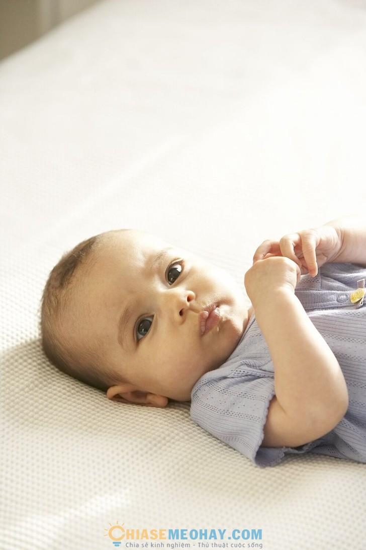 Chăm sóc trẻ sơ sinh