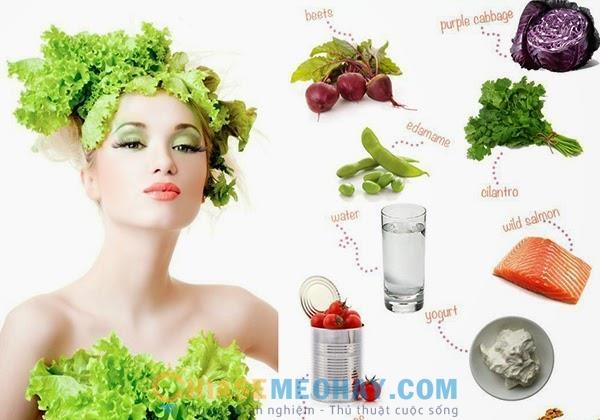Nên ăn uống đủ chất để cung cấp dinh dưỡng cho làn da