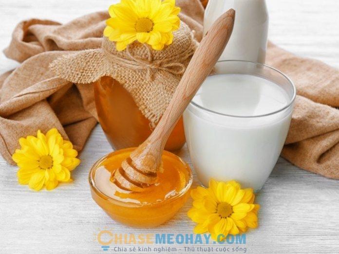 Mẹo pha mật ong và sữa