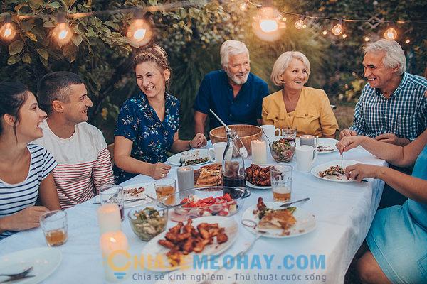 Tầm quan trọng của bữa ăn gia đình