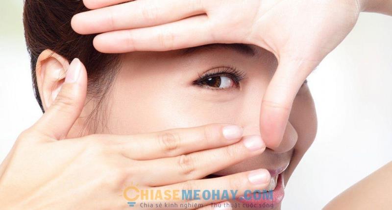 Thói quen chăm sóc sức khỏe ảnh hưởng không nhỏ đến đôi mắt , vì thế cần phải có một lối sống lành mạnh