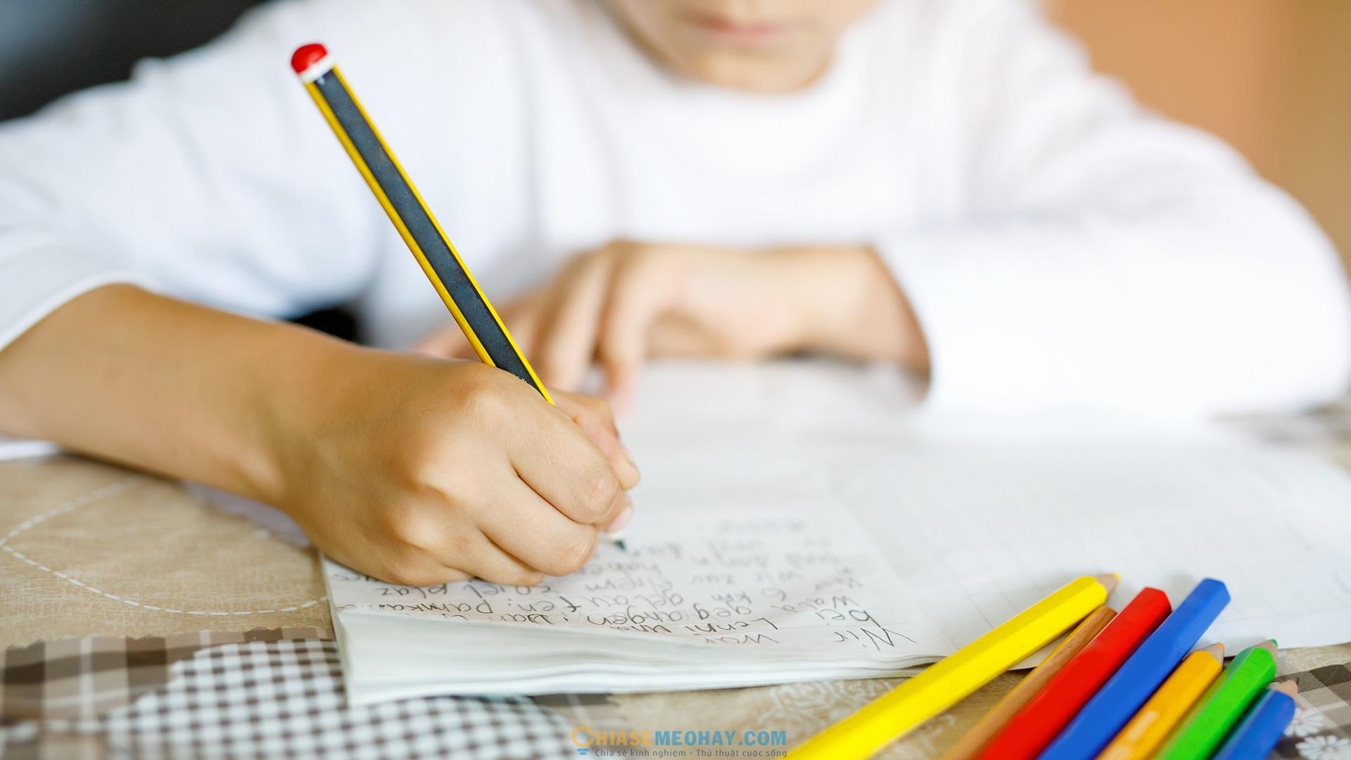 Cho trẻ học chữ thường trước