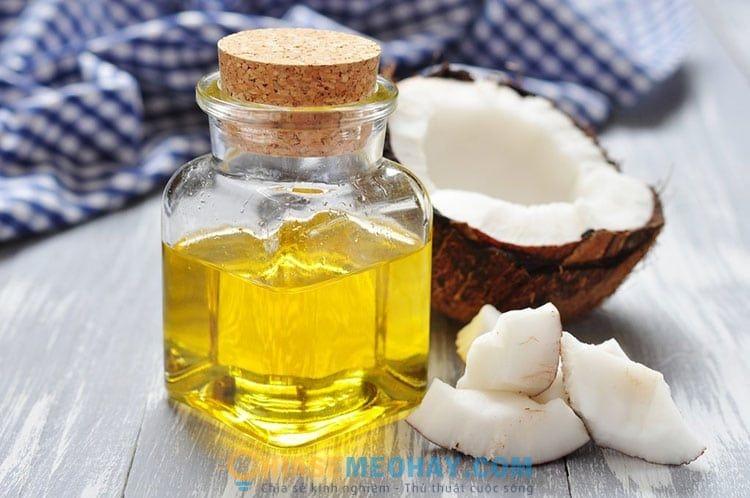 Dầu dừa giúp dưỡng ẩm cho da hiệu quả