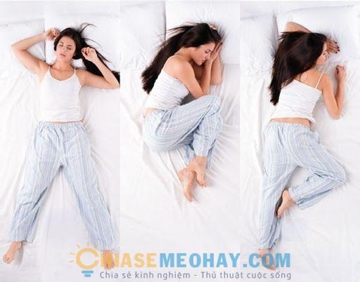 Tư thế ngủ làm gia tăng những nếp nhăn