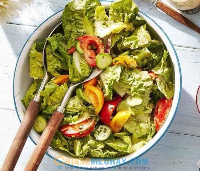 Thêm 1 đĩa salad vào các bữa ăn
