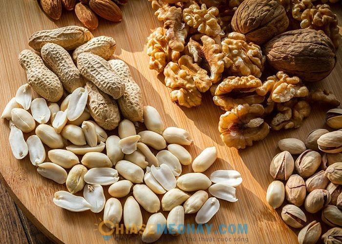 Ăn vặt bằng các loại hạt